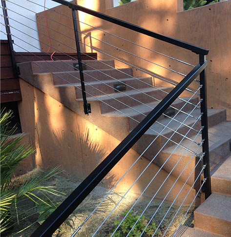 Iron_StainlessCable_ExteriorRailing
